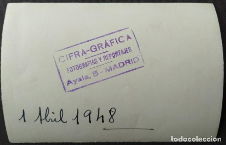 Fotografía antigua: MADRID 1948 FRANCO PARADA MILITAR TAMAÑO 8 X 11.5 CM. - Foto 2 - 221671867