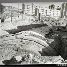 Fotografía antigua: BARCELONA CONSTRUCCIÓN DEL TUNEL VILAPICINA-HORTA TAMAÑO 18 X 24 CM.. Lote 221672246
