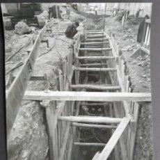 Fotografía antigua: BARCELONA CONSTRUCCIÓN DEL TUNEL VILAPICINA-HORTA TAMAÑO 18 X 24 CM.. Lote 221672492
