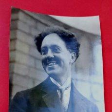 Fotografía antigua: LOUIS VICTOR DE BROGLIE - FISICO FRANCÉS - 1930'S. Lote 222073370