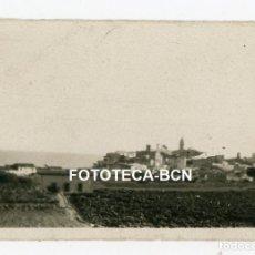 Fotografía antigua: FOTO ORIGINAL SITGES VISTA DE LA POBLACION CULTIVOS AÑOS 20/30. Lote 228271675