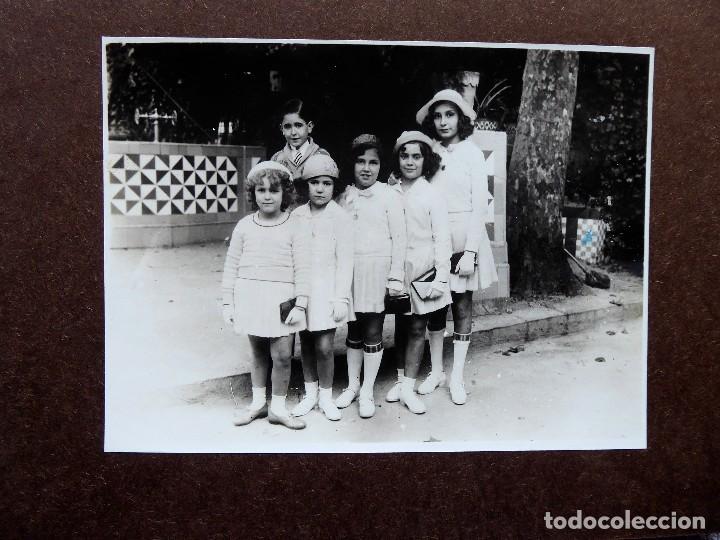 F-4944. FOTO FAMILIAR. BARCELONA. AÑOS 40. MUY BIEN CONSERVADA. (Fotografía Antigua - Gelatinobromuro)