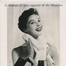 Fotografía antigua: PUBLICIDAD PARA MYRURGIA. MADERAS DE ORIENTE . FOTO: RAMÓN BATLLES. 1950-1960. 21,5X29 CM.. Lote 237205860