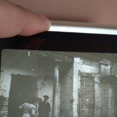 Fotografía antigua: PLACA CRISTAL EN POSITIVO AÑO 1900 GRANADA. DIMENSIONES 10X8,5 CM FOTÓGRAFO A. MARUAUD. Lote 241187780