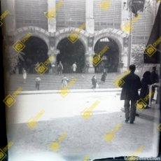 Fotografía antigua: PLACA DE CRISTAL NEGATIVO GELATINO-BROMURO MERCADO CENTRAL VALENCIA 1920-30. Lote 257537485