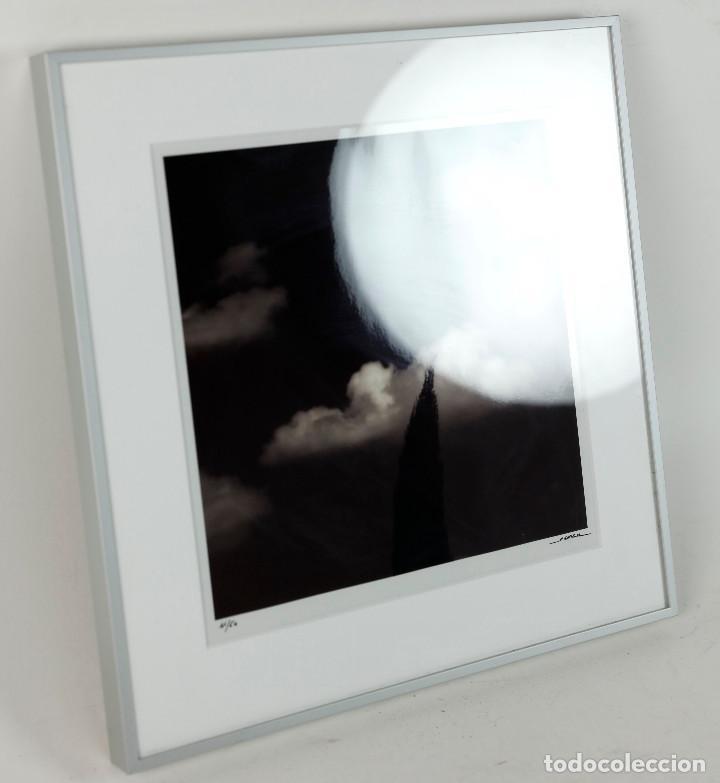 Fotografía antigua: MANEL ESCLUSA - FOTOGRAFÍA ENMARCADA, TAMAÑO MARCO: 25x30 cm. Tiraje 41/50 - Foto 2 - 265362399