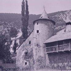 Fotografia antiga: HUESCA. PUEBLO. CAMPANARIO CILÍNDRICO. LUGAR SIN IDENTIFICAR. C.1920. Lote 286902073