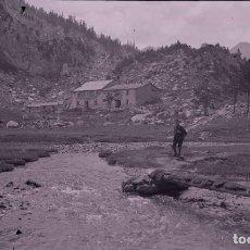 Fotografía antigua: HUESCA. ALTA MONTAÑA. REFUGIOS. MONTAÑERO. C.1920. Lote 286961238