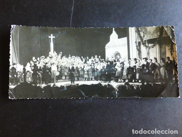 SALAMANCA FESTIVAL TIPICO EN TEATRO GRUPO CON TRAJES CHARROS ANTIGUA FOTOGRAFIA HORNA FOTOGRAFO (Fotografía Antigua - Gelatinobromuro)