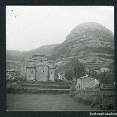 Fotografía antigua: BARCELONA. SANT JAUME DE FRONTANYÀ. IGLESIA Y MONTAÑA. 1963. Lote 287901863