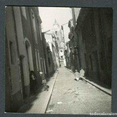Photographie ancienne: SANTA COLOMA DE FARNERS. CALLE. 1965. Lote 287937048