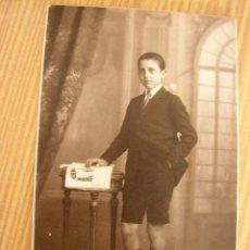 Fotografía antigua: ANTIGUA FOTO ( 1-1926) JOVEN - FOTÓGRAFO: F. DERREY- VALENCIA.MIDE 13.5 X 8.5 CM. Lote 22500412