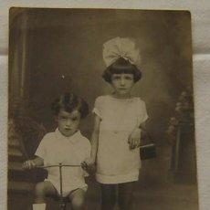 Fotografía antigua: FOTOGRAFIA ANTIGUA NIÑOS - TARJETA POSTAL - UNION POSTALE UNIVERSELLE - ESPAÑA. Lote 17188574
