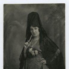 Old photograph - Espectacular retrato de mujer con mantilla y peineta. Fot. J. Derrey. Valencia, circa 1910. - 26492088