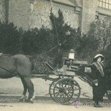 Fotografía antigua: BARCELONA. COCHE DE CABALLOS. HACIA 1910.. Lote 26604933