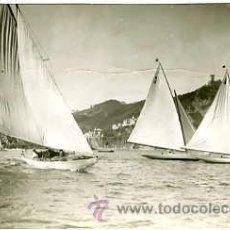 Fotografía antigua: SAN SEBASTIAN.- SALIDA DE LOS BALANDROS DE LA SERIE DE 6 Y 8 METROS.. Lote 26808116