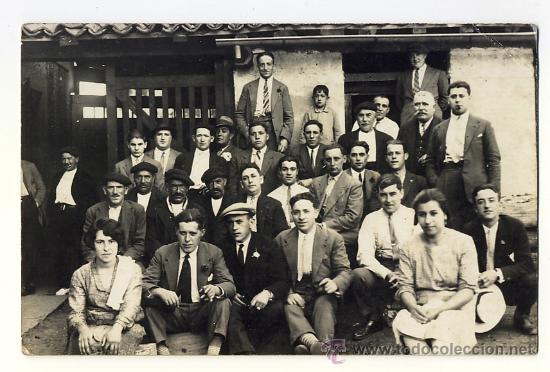 GRUPO EXCURSIONISTA DE GIJON EN UNA SALIDA. ASTURIAS. AÑOS 20 30 (Fotografía Antigua - Tarjeta Postal)