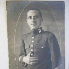Fotografia antica: FOTO DE ESTUDIO DE MILITAR, SARGENTO DEL REGIMIENTO DE INFANTERIA PAVIA Nº 48 .. Lote 30447562