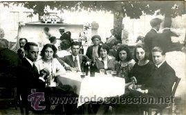 COLINDRES (CANTABRIA).- AÑO 1909. EN LA FIESTA DE SAN ROQUE O DE SAN JUAN. (Fotografía Antigua - Tarjeta Postal)