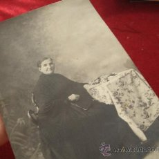 Fotografía antigua: FOTO - POSTAL DE PRINCIPIOS DEL XX - SALAMANCA - ORIGINAL DE GOMBAU - ELEGANTE SEÑORA MAYOR. Lote 32704311