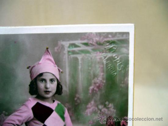Fotografía antigua: TARJETA POSTAL ANTIGUA, J. LLOPIS, NIÑA, CON DISFRAZ - Foto 3 - 33395387