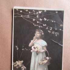 Fotografía antigua: HERMOSA NIÑA, BEAUTIFUL GIRL, BELLE FILLE 1909. Lote 33519457