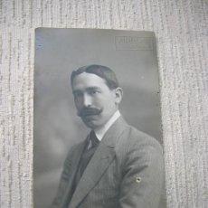 Fotografía antigua: HOMBRE CON GRAN BIGOTE -AÑO 1800 FINALES-. Lote 34454387