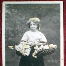Fotografía antigua: FOTO POSTAL NIÑA CON FLORES SAZERAC ETOILE PARÍS SERIE 3069 V B C CIRCULADA. Lote 37250281