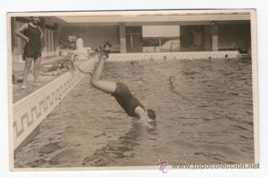 Banos San Sebastian.Barcelona Banos De San Sebastian Chica Saltando A La Piscina 1920 S