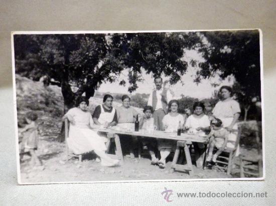 FOTOGRAFÍA ANTIGUA. TARJETA POSTAL. FAMILIA. VEDAT. TORRENTE. VALENCIA. 1920S (Fotografía Antigua - Tarjeta Postal)