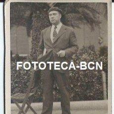 Fotografía antigua: ESCENA COSTUMBRISTA HOMBRE CON BOINA - AÑO 1937 - 9 X 7 CM. Lote 38093294
