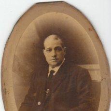Fotografía antigua: FOTOGRAFIA DE UN SEÑOR HECHA EN EL MODERN STUDI DE XAVIER PELLICER. Lote 39315001