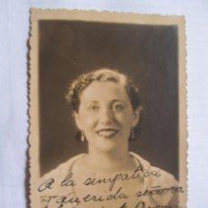Fotografía antigua: FOTO DEDICADA. AUTOGRAPHED PHOTO. PHOTO DÉDICACÉE - A LUISA COLOMER DE VICTORIA 1936 - TEATRO, THEA. Lote 39945159