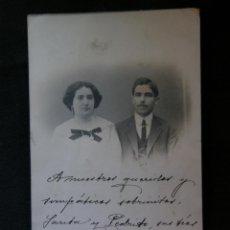 Fotografía antigua: TARJETA POSTAL RETRATO MATRIMONIO DEDICADA FERROL MAYA 1913 FOTÓGRAFO R GUILLEMINOT PARIS . Lote 41376594