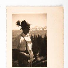 Fotografía antigua: POSTAL DE FOTOGRAFIA DE PERSONAJE, FOTOGRAFIA EN BLANCO Y NEGRO. Lote 42519202