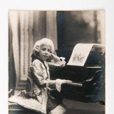 Fotografia antiga: POSTAL DE FOTOGRAFIA DE JOVEN TOCANDO PIANO NAPOLEON BARCELONA COMPRA MINIMA PARA ENVIAR 5 EUROS. Lote 42519315
