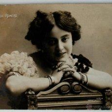 Fotografía antigua: TARJETA POSTAL CIRCULADA 1910, ACTRIZ ELISA ROMERO. FIRMADO BUJOSA PARA FUSTER DE PIÑA. Lote 43820341
