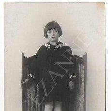Fotografía antigua: RETRATO DE NIÑA VESTIDA DE MARINERO. Lote 44266347