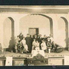 Fotografía antigua: LARACHE. AFRICA. EJERCITO ESPAÑOL. REPRESENTACIÓN TEATRAL. CRUZ ROJA. C.1930. Lote 45907359