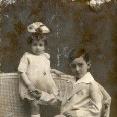 Fotografía antigua: VALLADOLID 1923. LEOPOLDITO FAJARDO Y NIEVITA BAÑOS. Lote 47294635