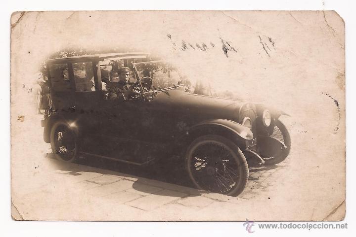 POSTAL COCHE ANTIGUO Y CONDUCTOR / USADA / 1922 (Fotografía Antigua - Tarjeta Postal)