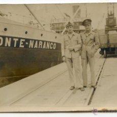 Fotografía antigua: BARCO MONTE NARANCO EN EL PUERTO DE BUENOS AIRES, ENERO DE 1943, PARA TRAER GRANO A ESPAÑA. Lote 51122469