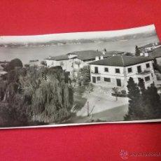 Fotografía antigua: ANTIGUA TARJETA POSTAL - FUENTERRABIA - PAÍS VASCO - AÑOS 50. Lote 54888590