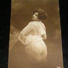 foto fotografia erotica artistica mujer desnuda , desnudo femenino