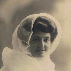Fotografía antigua: RETRATO SEÑORITA CON VELO TRANSPARENTE. PEPITA CASULA.CA.1910 FOTÓGRAFO:J.FABREGAT.BARCELONA. Lote 55352578