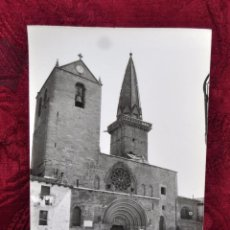 Fotografía antigua: ANTIGUA FOTOGRAFIA DE OLITE (NAVARRA). AÑOS 50. IGLESIA DE SAN PEDRO. Lote 57379462
