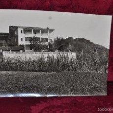 Fotografía antigua: ANTIGUA FOTOGRAFIA DE ARBUCIES (GIRONA). AÑOS 50. TORRE DE MALARET. Lote 57848201