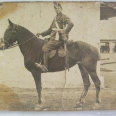 Fotografía antigua: FOTO DE MILITAR ARTILLERIA MONTADA , A CABALLO. DE VIDAL, CALATAYUD. Lote 61113463