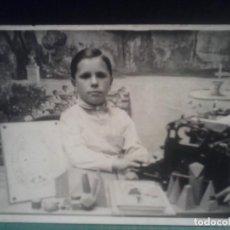 Fotografía antigua: TARJETA POSTAL - FOTO ESCOLAR - AÑOS 40.. Lote 69580309
