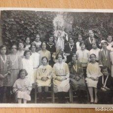 Fotografía antigua: ANTIGUA FOTOGRAFIA TARJETA POSTAL RELIGIOSA VIRGEN COLEGIO POSIBLEMENTE ELCHE ALICANTE. Lote 70033409